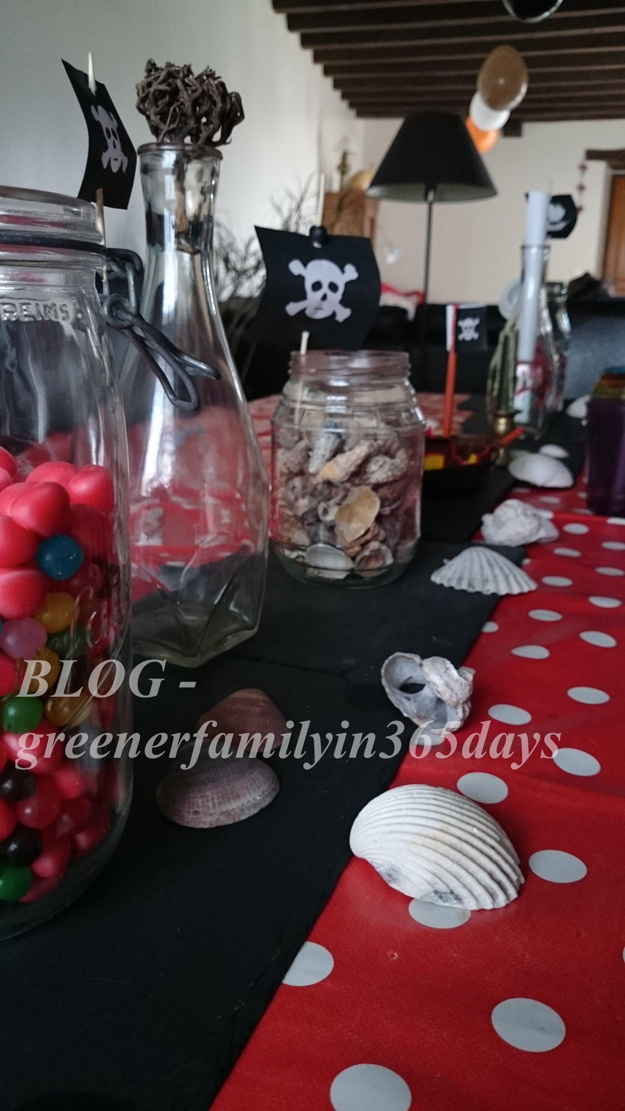 diy anniversaire pirate la greener family. Black Bedroom Furniture Sets. Home Design Ideas